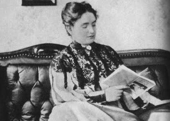 Lesznai Anna emigrációba kényszerült, pedig mélyen kötődött a hazájához